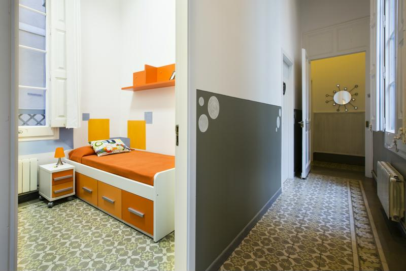 Room (10)-800x600
