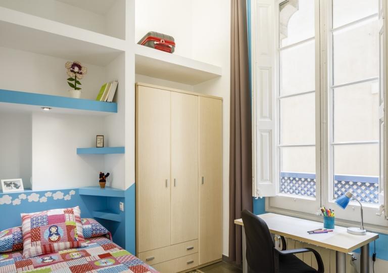 Room (19)